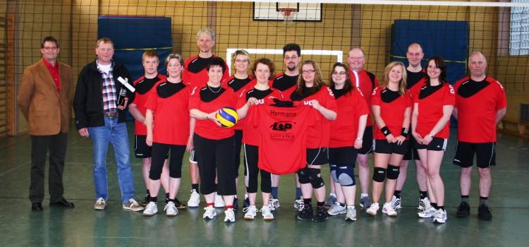 Neue Trikots für die Hobby-Volleyballer