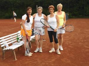 Tennisdamen2_2013