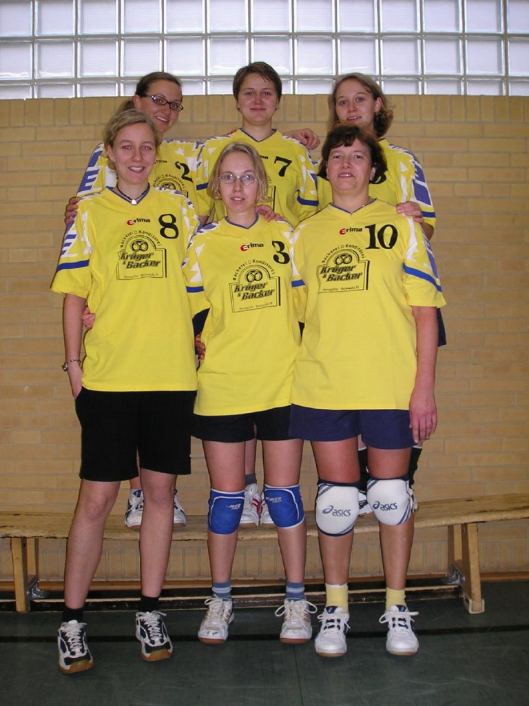 Volleyball2004.01.1